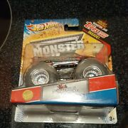 Northern Nightmare Hot Wheels Monster Jam Truck 164 Topps Card 1 St Edition