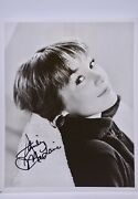 Shirley Maclaine Signed 8x10 Photograph From Some Came Running Movie Collectible