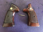 Smith And Wesson K Frame Factory Wood Target Grips With Speed Loader Cut Out Chip