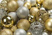 R N' D Toys 100 Gold And Silver Christmas Ornament Balls Shatterproof +100 Me...