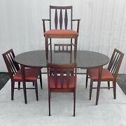 Mid-century Modern Dining Set With Five Chairs