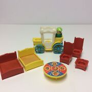 Vintage Fisher Price Little People Castle Carriage Throne Beds Table Robin Hood