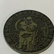 Vintage Medieval Torture And Weapons Museum Coin - Challenge Coin Token - Rare
