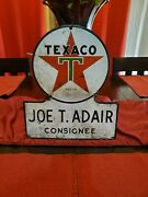 Original Early Texaco Gasoline And Oil Station Porcelain 1946 Keyhole Sign