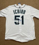 Ichiro Signed Authentic Majestic Jersey Psa/dna Coa Seattle Mariners