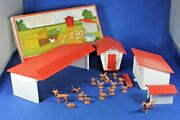 O/s - Plasticville - 1617-100 Farm Buildings And Animals - Complete - Boxed
