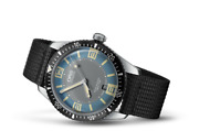 Oris Divers Sixty-five 01 733 7707 4065-07 5 20 24 Automatic Winding Date Watch.