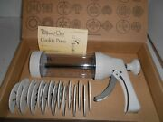 Pampered Chef Cookie Press 1525 W/ 16 Disks Baking Decorate New In Box Freeship