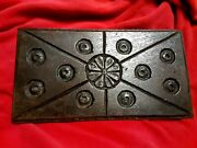 16th Century 1580's Wooden Oak Relief Carved Panel Circular And Rosette Carvings