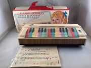 Vintage 60andrsquos Toy Organ 27 Key Portable Organ By Sunrise From Japan W/ Box