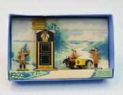 Dinky Toys 44 Pre War A.a Hut, Motor Cycle And Guides Very Near Mint/boxed