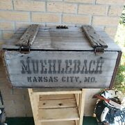 Muehlebach Brewery Wood Crate Green Beer Bottles Kansas City Prohibition Vtg