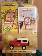 Topps/greenlight Garbage Pale Kids 1965 Nissan Patrol And Gpk Hitchhike Mike Car