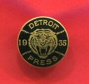 Scarce 1935 World Series Detroit Tigers / Chicago Cubs Press Pin