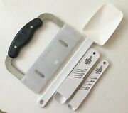 Vintage Pampered Chef 4 Kitchen Tools Measuring Spoons Spatula Crinkle Cutter