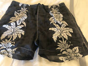 Tommy Bahamas Relax Mens Xl Gray And White Floral Board Shorts. Tie Front 3 Poc