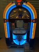 Crosley Cr17 Bubble Light Jukebox For Iphone Wremote Work Great Nice Show Piece