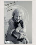 Betty White Hand Signed 8x10 Photo   Golden Girls Actress With Her Dog   Jsa