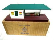 Lionel No. 256 Illuminated Freight Station O Scale Post War Railway Accessories