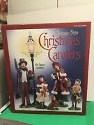 Vintage-style Christmas Carolers With Lighted Lamppost