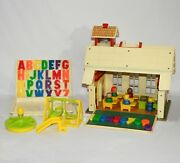 Vintage Fisher Price Little People Play Family School House 923 Complete 0521