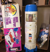 Kenner 1970's The Six Million Dollar Man Bionic Transport And Repair Station