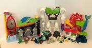 Imaginext Disney Toy Story 3 Playsets Pizza Planet Buzz Lightyear Robot Carnival