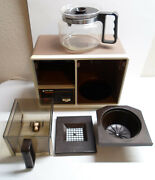 Vintage Black And Decker Spacemaker Under-cabinet 10 Cup Coffee Maker