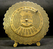 India Old 961 Perpetual Calendar For Desktop Etched Bronze Excellent 113grs Are