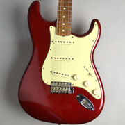 Fender Classic Series And03960s Stratocaster/candy Apple Red Electric Guitar