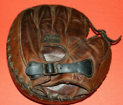 Antique 1920and039s Stall And Dean Buckle Back Catchers Mitt / Glove Vintage Baseball