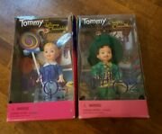 Lot 2 1999 Tommy As Lollipop Kid And Mayor Munchkin Dolls The Wizard Of Oz Barbie