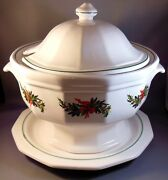 Pfaltzgraff Christmas Heritage Lidded Soup Tureen With Underplate Discontinued