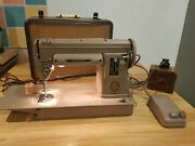 Vintage 301a Singer Sewing Machine With Foot Pedal