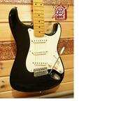 Fender American Vintage Thin Lacquer 57 Stratocaster Electric Guitar