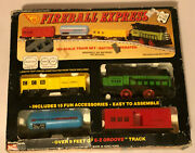 Vintage Woolworth Fireball Express Ho Scale 4 Piece Battery Opperated Train Set