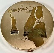 Vintage Large New York City Souvenir Round Silver And Goldtone Compact C.1950s/60s