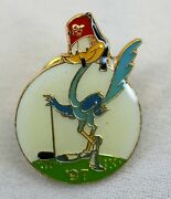 Shriner's Lapel Pin Road Runner Wearing Fez And Playing Golf Vintage 1997 Used