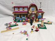 Lego Friends Heartlake Riding Club 41126 Set Horse Stable Minifigs