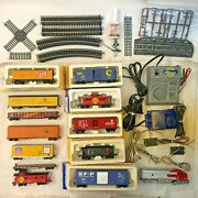 Large Lot Of Life-like Ho Train Cars, Transformers, Tracks, And Accessories
