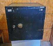 Vintage Us Navy Safe 24x24x21 Vault - Unknown Brand Or Age Solid And Heavy Steel
