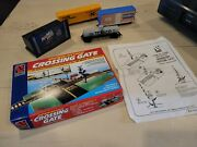 Tyco Ho Train Lot Of Cars, Crossing Gate And Maxwell Sign, W/so
