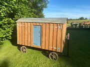 Hand Made Mobile Chicken Coop/hen House