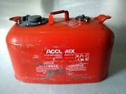 Omc Accumix Boat Fuel Injection Metal Tank 6 Gal Gas Can Pre-owned