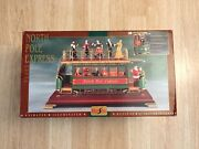 Maisto Christmas Collection Victorian Trolley North Pole Express Interchangeable