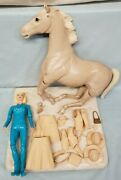 Vintage Marx Johnny West Botw Jane West '65 And Comanche Palomino Horse '67 And Acc.