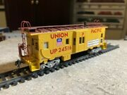 Athearn Ho Scale Bay Window Caboose Up 24516 Custom Excellent