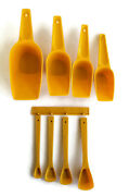 Lustro Ware Vintage Scoop Measuring Cups Spoons Wall Hanging Rack Yellow Gold