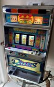 Slot Machine By Yamasa Divers King Of The Ocean Works Great With Key And Tokens