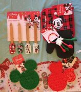 Disney Mickey Minnie Mouse Holiday Baking Set Spatulas Trivets Meas Spoons Mitts